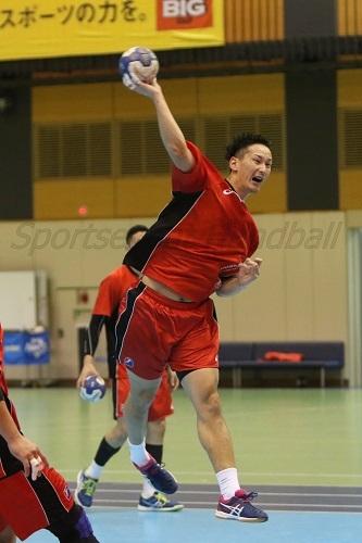 信太はキャプテンであり、チームの主軸