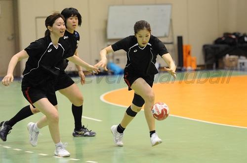 キャプテン石野はボールのへの執着心の強さ見せプレーでもチームを引っ張る