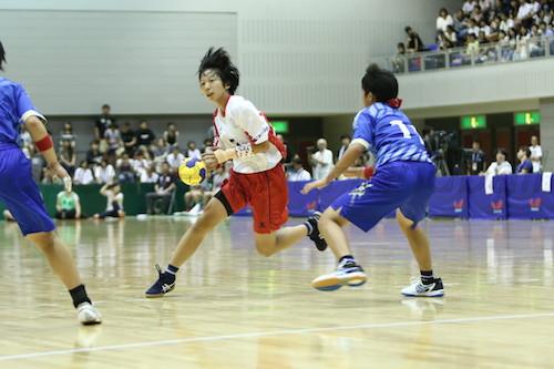 明光学園は藤田(写真)と安田の2枚看板がチームをリードして主導権を握った
