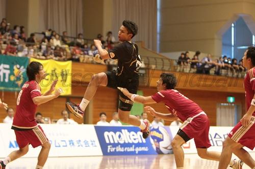 期待どおりのプレーを見せる大同・東江。湧永の兄・太輝との兄弟対決に注目が集まる