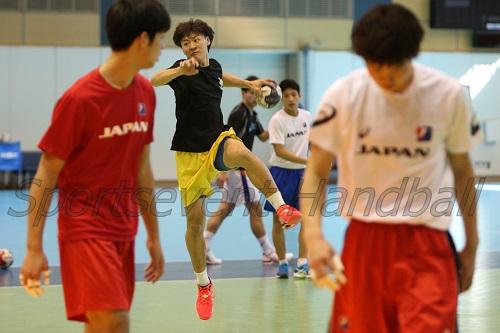 今年度のU-16日本代表から唯一選ばれた蔦谷。物怖じせず持ち前のパワフルさをアピールした